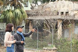 導師林潤強帶領一眾喜歡長洲也喜歡攝影的人四處尋訪