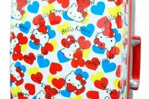"Hello Kitty 29"" 四輪拉桿喼 特價:HK$699 (54折) ( 沙田/大埔/荃灣店各限售100個)"