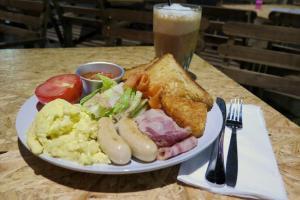 木桶咖啡的All day breakfast,一嘗酥皮厚多士
