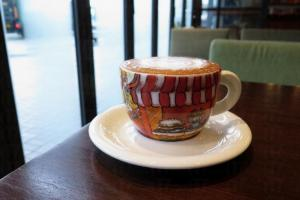 靚茶杯與Cappuccino ($36)