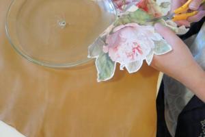 紙巾藝術:選好紙巾,剪裁好