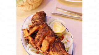 海鮮招牌菜香燒魚燒出來脆肉鬆化。