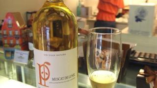 法國甜酒 Domaine Pioch 採用 100% muscat 白葡萄,甜酸度適中。(Shecky 攝)