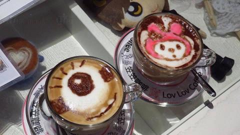 2D拉花咖啡同樣可愛