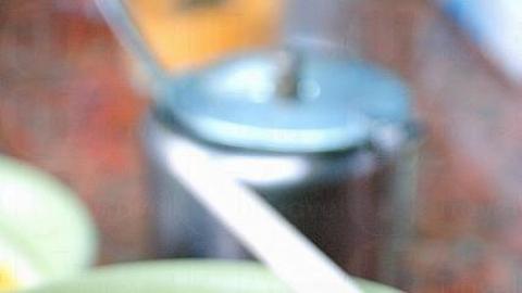 秘製牛筋腩麵,牛腩非常鬆化入味,唯麵底鹼水味重了點,$25。