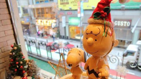 Cafe 放滿了各種 Snoopy 和朋友們的裝飾擺設,由餐具到食物都不難發現他們的蹤影。