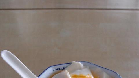 大碗豆花豆漿,$10 任食任飲。