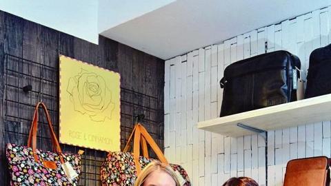 品牌設計師 Hannah (右) 及負責Rose & Cinnamon 系列的設計師Sophie(左)。