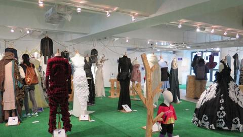 Fashion Forward Festival 展出本地及海外設計師作品。
