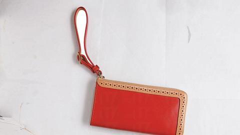 本地品牌 Made in Eden 長銀包($1,250),手工限量生產,為店內其中熱賣貨品之一。