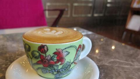 請小妹飲的Cappuccino ($36),茶杯的欣賞程度很高