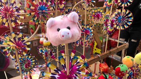 【年宵2019】旺角年宵花巿現場直擊!遊戲/美食攤位/豬仔造型精品