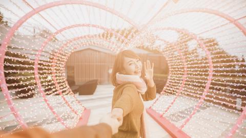 【情人節好去處2019】情人節拍拖好去處!全港8大浪漫燈飾/花牆影相位