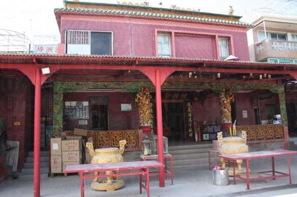 龍母廟原址在葵涌,60 年代尾搬到坪洲。(陸嘉鈴攝)
