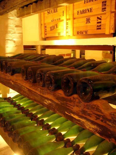 隱世的地下懷舊酒窖, 感受波爾多情懷,載入伯大尼的歷史。