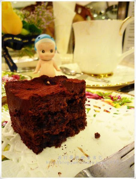 給謀殺剩半塊的蛋糕。