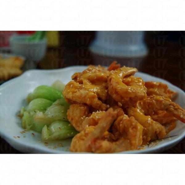 香芒芝麻蝦同樣值得一讚。