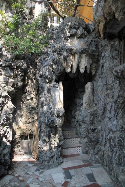 「地藏府」的入口甚有鬼屋 feel,大大增加了神秘感。