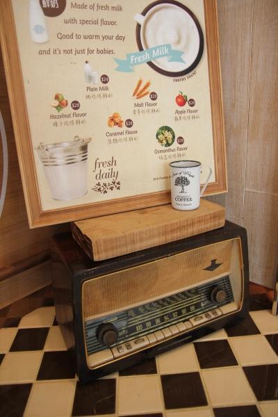 舊式的收音機更有美國西部的味道。