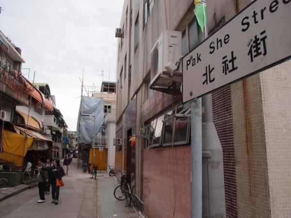 巡遊隊伍往返都會經過北社街,在此可有兩次欣賞機會。