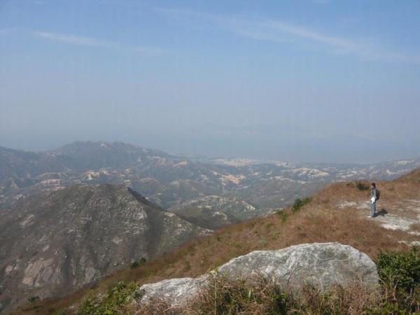 看到大地在腳下,辛苦爬上山也值得。