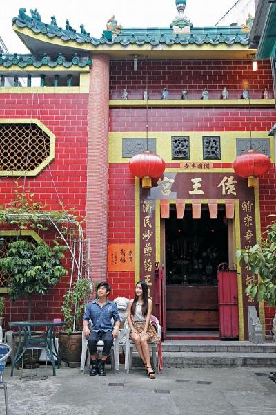 侯王宮的外牆建築以紅磚綠瓦為主調。