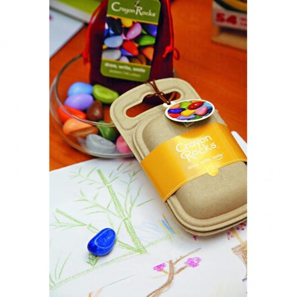 Crayon rock 顏色蠟筆以大豆製造,無毒,可訓練小朋友手指活動。$98