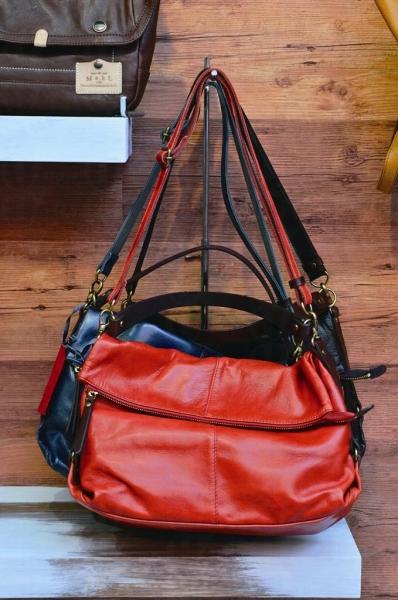 SORCIERE 皮袋以日本和牛牛皮製造,估不到摸上手極柔軟。$1,600。
