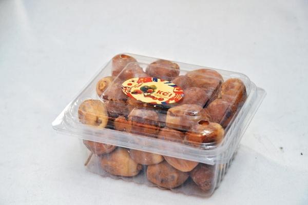 椰棗是巴基斯坦特產, 齋戒月完結時會食椰棗,有軟有硬不同口 味,平時可以如乾果一般直接食用。$15(a)