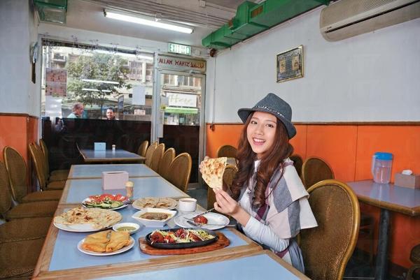 葵涌幾家清真餐廳,是信奉回教的巴基斯人,外出用餐唯一選擇。