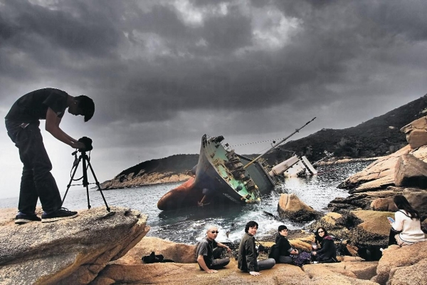 東灣仔的擱淺貨船
